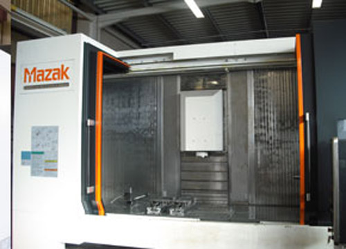 Centre d'usinage VTC 820/30 Mazak